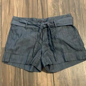 Banana Republic shorts.  1/0201